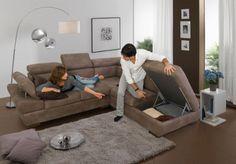 Più di cento modelli di divani, poltrone, componibili, circa duemila colori di tessuto e di pelle, una tavolozza ricchissima.  E' il mondo Dondi Salotti, Italian Sofas! http://www.arredamento.it/dondi-salotti.asp  #salotti #divani #poltrone