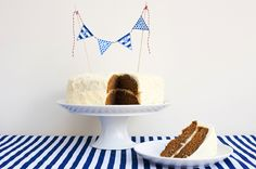 DIY mini bunting for wedding cakes. Includes templates in multiple colors. So easy and adorable!