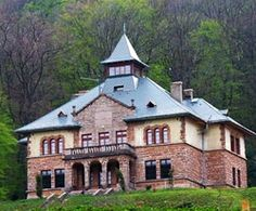 Serédi kastély Tardos Royal Residence, Budapest Hungary, Homeland, Czech Republic, Palace, Beautiful Places, Places To Visit, Europe, Explore