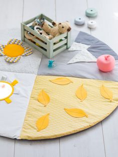New baby stuff diy fabrics Ideas Diy Tapis, Diy Bebe, Baby Sewing Projects, Baby Couture, Craft Sale, Baby Decor, New Baby Products, Diy And Crafts, Kids Rugs