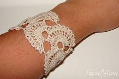 queen-annes-lace-thread-crochet-bracelet by Ashlee @ imtopsyturvy, via Flickr