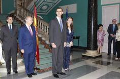 Don Felipe y doña Letizia apoyan a las víctimas del terrorismo en su primer acto como Reyes. El acto ha tenido lugar en el Palacio de Zurbano © Gtresonline