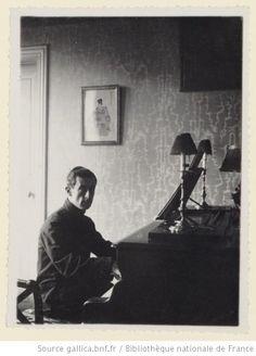 Ravel dans son salon, avenue Carnot à Paris / Roland-Manuel, d'après un original de 1912