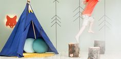 TeePee for kids by Nobodinoz. Fox Lamp by Fermliving and cushions by Nobodinoz. Wall decoration washi tape.