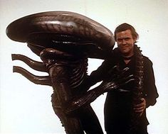 H.R. Giger with actor in xenomorph costume from Alien    I wouldn't look at him either.  via propagandery: alienseverywhere: rocketmagic