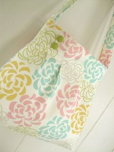 Super cute spring handmade bag
