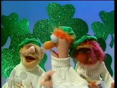 Danny Boy being sung by Animal, Swedish Chef & Beaker