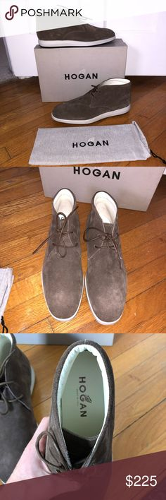 NEW Hogan Derby Suede Chukka Boot, Size 8.5 NEW Hogan H209 Dress X Mod Derby 2 Fori Round Toe Suede Chukka Boot. Brand new in box. Suede upper. Made in Italy. US Men's Size 8.5. Comes with original box and dust bag. Hogan Shoes Chukka Boots