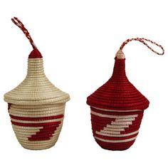 Set of 2 Hand-woven White/ Red Peace Basket Ornaments (Rwanda) - Overstock™ Shopping - The Best Prices on Seasonal Decor