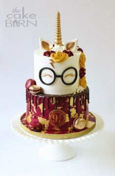 Harry Potter unicorn cake Harry Potter unicorn cake Best Picture For castillo . Harry Potter Theme Cake, Harry Potter Desserts, Bolo Harry Potter, Gateau Harry Potter, Harry Potter Birthday Cake, Harry Potter Girl, Harry Potter Food, Birthday Cake Disney, Birthday Cakes