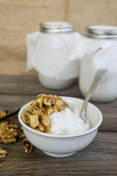 With our Low Carb Yogurt you can bring back your favorite breakfasts and snacks using this yogurt and berries or nuts!