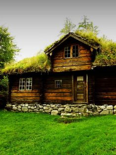 viking house viking style homes in Europeviking style homes in Europe Tiny House Cabin, My House, Farm House, Future House, Viking House, Cabin In The Woods, European Home Decor, Cabins And Cottages, Log Cabins