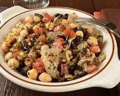 pois chiches à l'orientale : http://www.cuisineaz.com/recettes/pois-chiches-a-l-orientale-36054.aspx