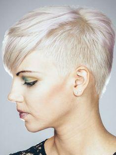 Blonde Kurzhaarfrisur -Hairfashion Kollektion - Inner Desire | Friseur.com