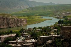 Hasan Keyf view of the Tigris River from the summit.