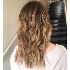 Brunette goddess! Hair by @nicolette_ellesalon ⠀