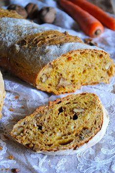 Pane, burro e alici: Pane di carote alle noci
