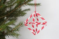 could use this idea to make a vintage glass ornament...thanks to Martha!