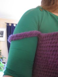 tutorial - how to needlebind a sweater