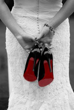 And the bride wore designer shoes. Love these photos ,i have done  black & white & then used pastel oil pencils on the photos. this is cool ,going to try it..