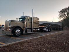 Peterbilt 389, Peterbilt Trucks, Semi Trucks, Big Trucks, Flat Bed, Gremlins, Skateboards, Rigs, Trailers