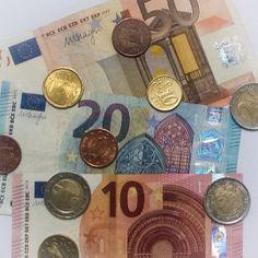 Goldilocks and the Irish bankers Irish, Blog, Irish Language, Blogging, Ireland