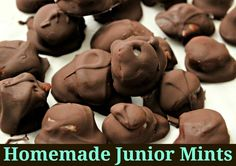 These homemade junior mints are delicious and you only need 4 ingredients to make them!