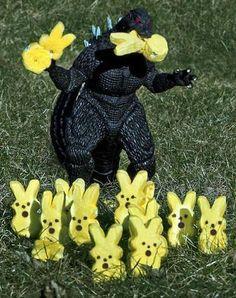 Godzilla vs Peeps