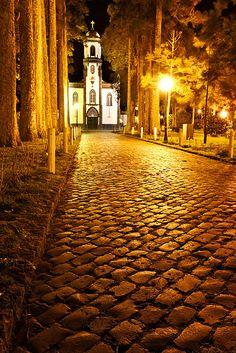 Church in Sete Cidades, São Miguel . Azores Portugal, Braga Portugal, Spain And Portugal, Sao Miguel Azores, Las Azores, Places To Travel, Places To See, Places Around The World, Around The Worlds