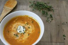 Roasted Carrot Soup with Ginger and Thyme - The Garlic Diaries