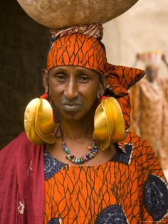 Fulani Woman Wearing Traditional Gold Earrings, Mopti, Mali, West Africa, Africa