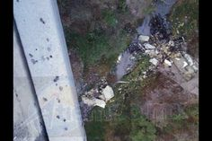 La mañana de este sábado, a la altura del municipio de Gabriel Zamora, un tráiler impactó a varios vehículos y posteriormente cayó a un barranco – Morelia, Michoacán, 29 de ...