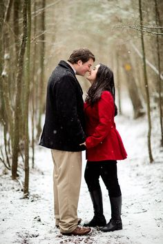 Snowfall winter engagement session: http://www.stylemepretty.com/2015/11/10/winter-engagements-to-accidentally-share-with-your-man/