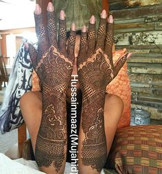 Arabic Mehndi Designs Brides, Full Mehndi Designs, Floral Henna Designs, Mehandhi Designs, Indian Mehndi Designs, Henna Art Designs, Mehndi Designs For Girls, Stylish Mehndi Designs, Mehndi Design Pictures