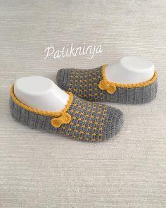 New Crochet Baby Booties Owl Handmade 29 Ideas Crochet Sandals, Knitted Slippers, Crochet Baby Booties, Crochet Slippers, Crochet Slipper Pattern, Crochet Mandala Pattern, Crochet Lace, Crochet Patterns, Crochet Hat For Beginners