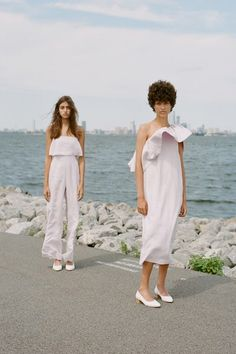 View the complete Mara Hoffman Spring 2017 collection from Paris Fashion Week.