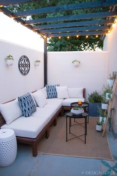 A Small Patio Makeover A Small Patio Makeover - The Design Souk - An Interiors, Styling & Travel Blo Small Patio Design, Small Backyard Patio, Diy Patio, Small Patio Decorating, Apartment Balcony Decorating, Backyard Pergola, Pergola Ideas, Balkon Design, Diy Terrasse