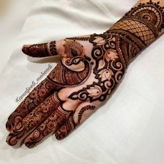 Bridal mehndi designs for every kind of bride Peacock Mehndi Designs, Mehndi Designs Feet, Latest Bridal Mehndi Designs, Full Hand Mehndi Designs, Mehndi Designs Book, Modern Mehndi Designs, Mehndi Designs For Girls, Mehndi Designs For Beginners, Mehndi Design Photos