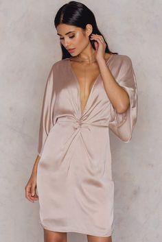 Kimono Sleeve Knot Dress | na-kd.com