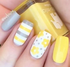 37 Most Popular Spring Nail Colors Of 2019 Perfect Nail Art is not enough, appropriate selection of color also plays vital role. Here comes the collection of Most Popular Spring Nail Colors Of 2017 Flower Nail Designs, Pedicure Designs, Nail Designs Spring, Cool Nail Designs, Spring Nail Colors, Spring Nails, Summer Nails, Yellow Nails Design, Yellow Nail Art
