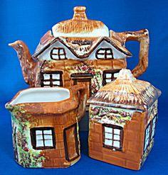 Cottageware Teapot Cream Sugar Price Kensington Super 1950s