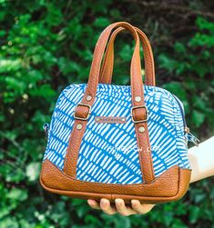 Juno Cross Bag PDF Pattern - New Release Sale 40% Off! (#1424) - ithinksew.com
