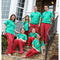 matching family holiday pajamas sets