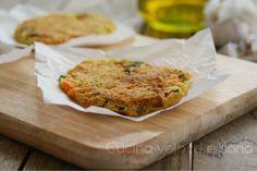 Frittatine di ceci con verdure, un gustoso secondo piatto vegetariano, senza la presenza di uova. Un piatto salutare ma molto sfizioso.