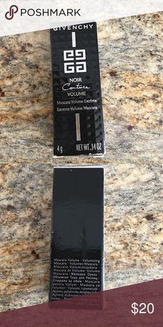Give Chiy Noir Couture Volume Mascara Mini Perfect for the purse! Sephora Makeup Mascara