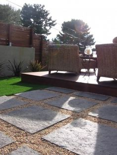 Platform Deck And Patio Combo Design, Pictures, Remodel, Decor and Ideas - page 4 Large Backyard Landscaping, Modern Landscaping, Backyard Patio, Nice Backyard, Landscaping Edging, Landscaping Trees, Privacy Landscaping, Farmhouse Landscaping, Patio Bar