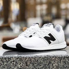 New Balance 247 Sport: White