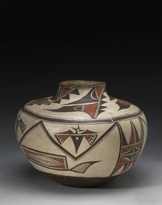 Bonhams Fine Art Auctioneers & Valuers: auctioneers of art, pictures, collectables and motor cars Native American Design, Native American Pottery, Southwest Pottery, Pueblo Pottery, Bubble Art, Inventors, Gourd Art, Contemporary Ceramics, Native Art