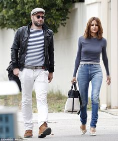 Actor Joel Edgertoon was spotted enjoying a casual lunch with Vogue Australia fashion editor Christine Centenera in Sydney's Bondi on Friday. Victoria Beckham Outfits, Vogue Australia, Jeans Outfit For Work, Denim Fashion, Fashion Outfits, Christine Centenera, Joel Edgerton, Couple Outfits, Future Fashion