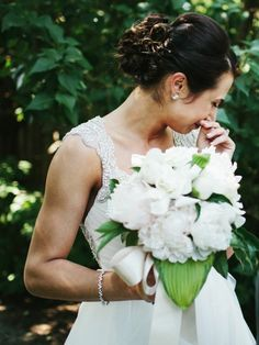 Simply Stunning Delaware Wedding from 217 Photography. To see more: http://www.modwedding.com/2014/09/15/simply-stunning-delaware-wedding-217-photography/ #wedding #weddings #wedding_hairstyle